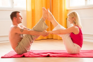 yoga-en-couple-geneve1